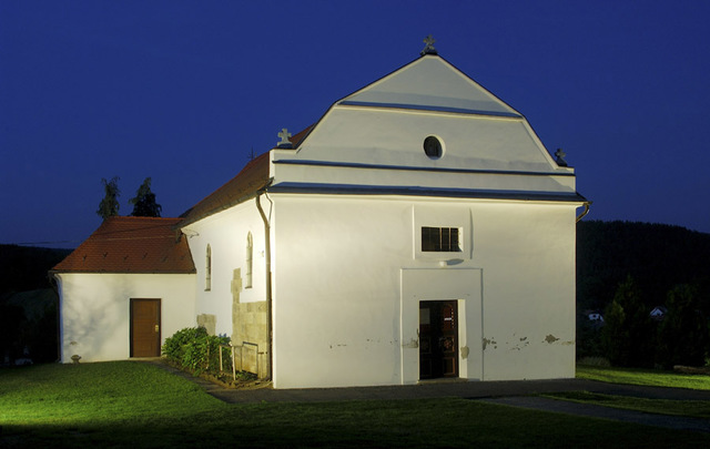 A templom nyugatról (Fotó: Takács Gábor, 2007.08.15.)